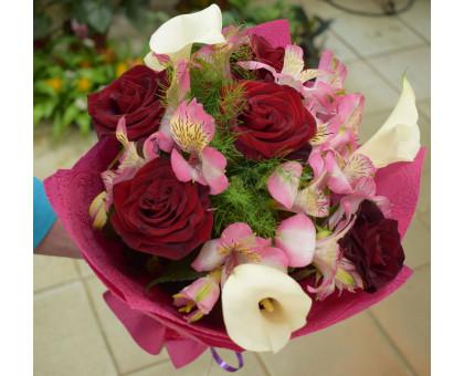 Букет Красная роза, белая кала