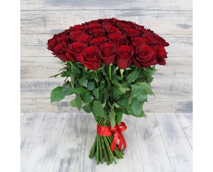 Букет из 51 красной высокой розы