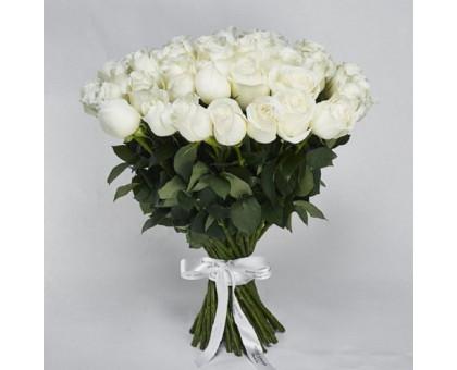 Букет из 51 белой высокой розы