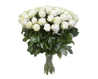 Букет из 51 белой розы средней длины
